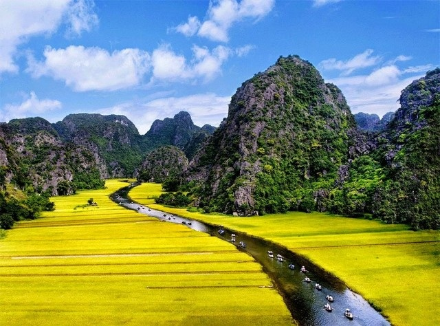 Trang An - Welcome Vietnam Tours