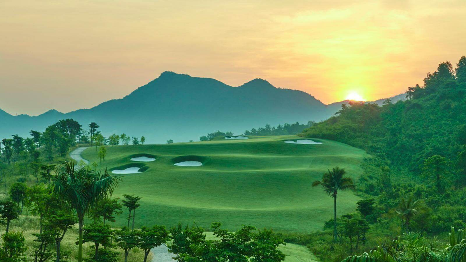 4 days 3 nights DaNang golf tour