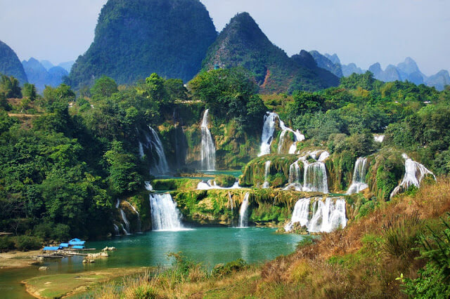 Tour Ba Be Lake – Ban Gioc Waterfall 3 days