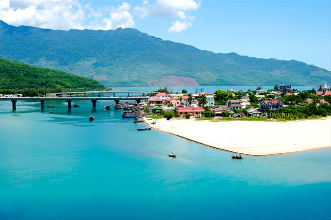 DANANG - BANA HILLS - HOI AN - HUE 6 DAYS 5 NIGHTS