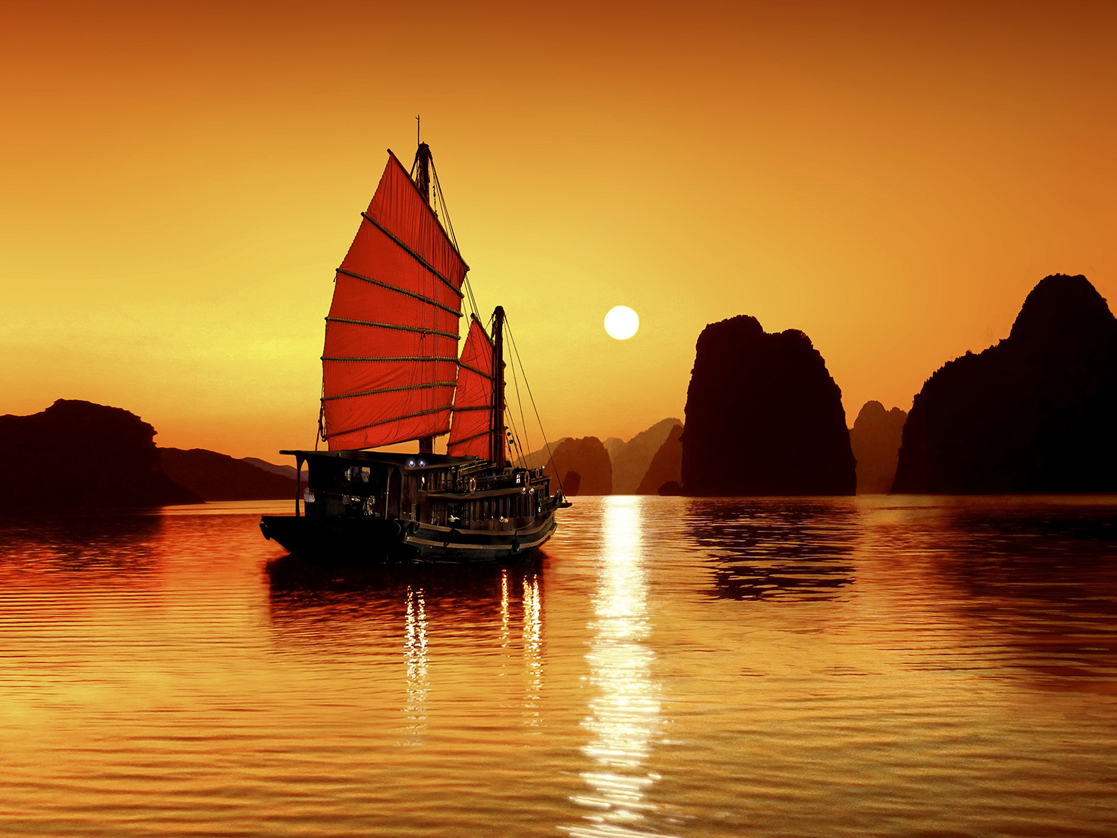 Tour Hanoi - Ninh Binh - Halong Bay 6 days